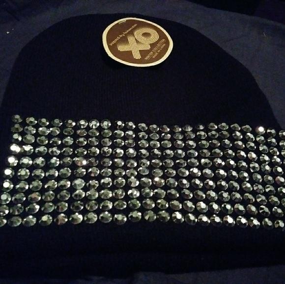 Black rhinestone hat. NWT. XO Winter Collection f9ea45cbecb3